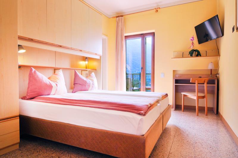 Doppelzimmer mit Balkon und Seeblick - Süden nr. 113